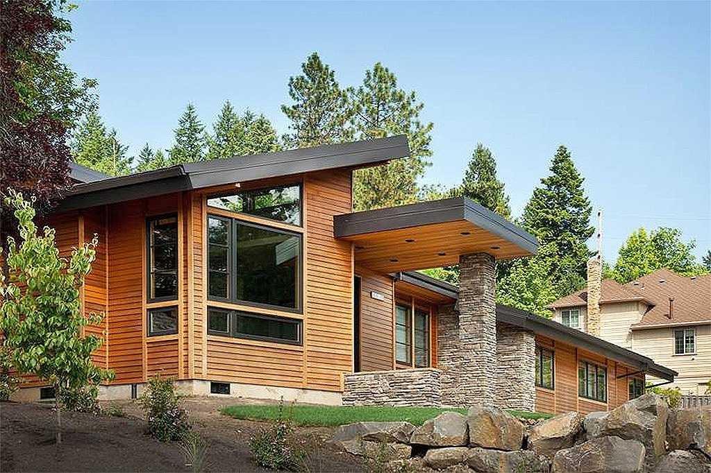 Большой одноэтажный дом общий вид