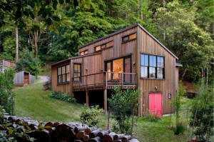 Современный красивый домик обшей площадью 80 кв.м.