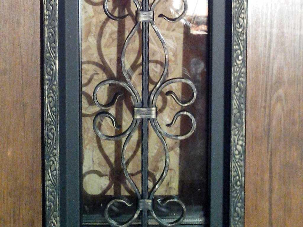 steel_doors_steklo_forging_02
