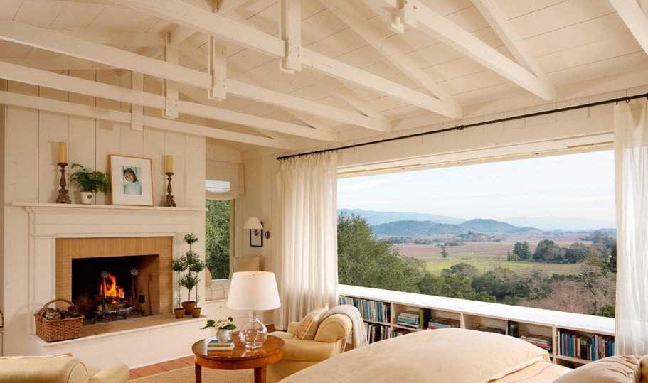 панорамное окно в гостиной