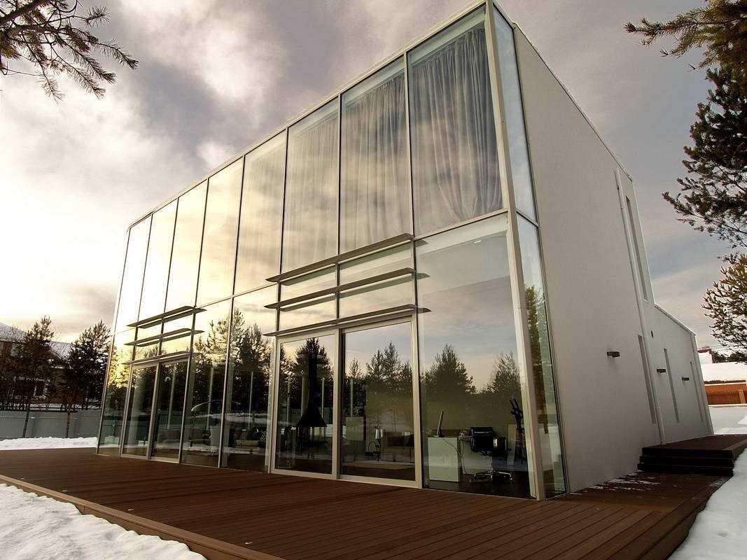 стекло для фасада
