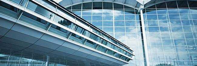 стеклянные фасад