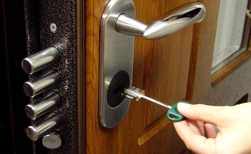безопасность входной двери