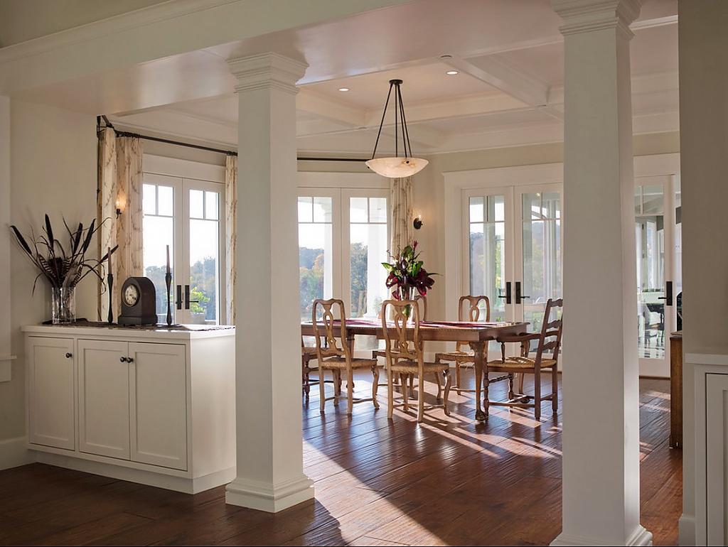 колонны в доме