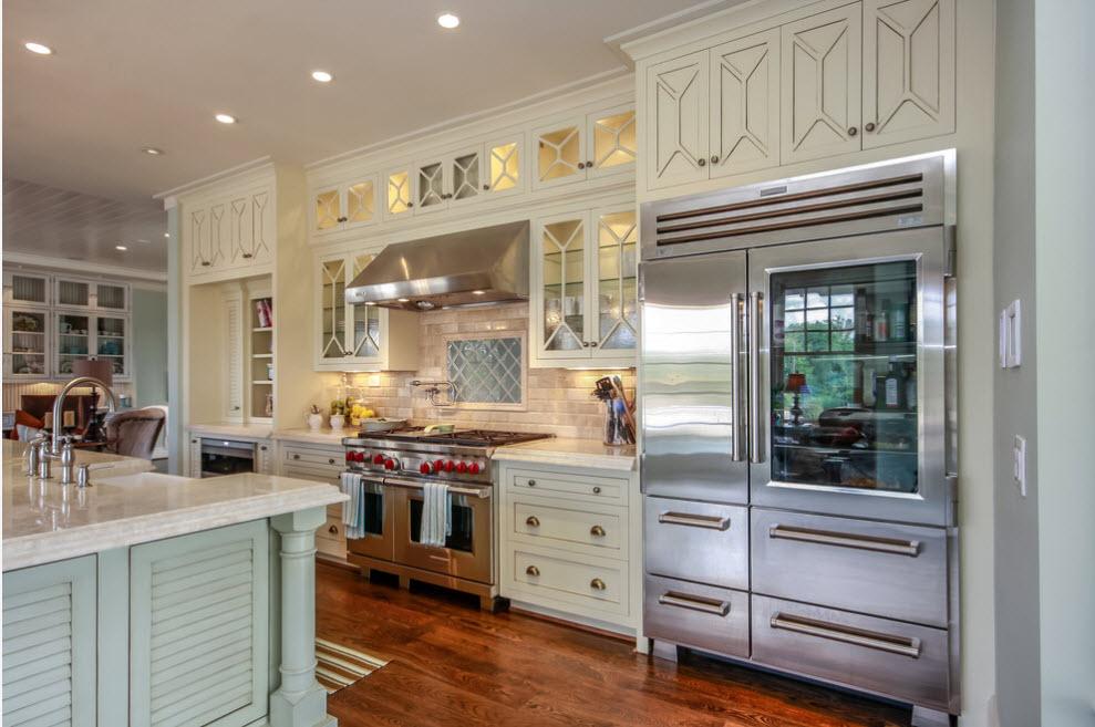 холодильник в интерьере кухни фото