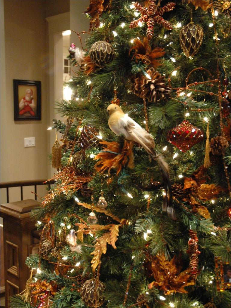 Как украсить елку к Новому 2018 году 6