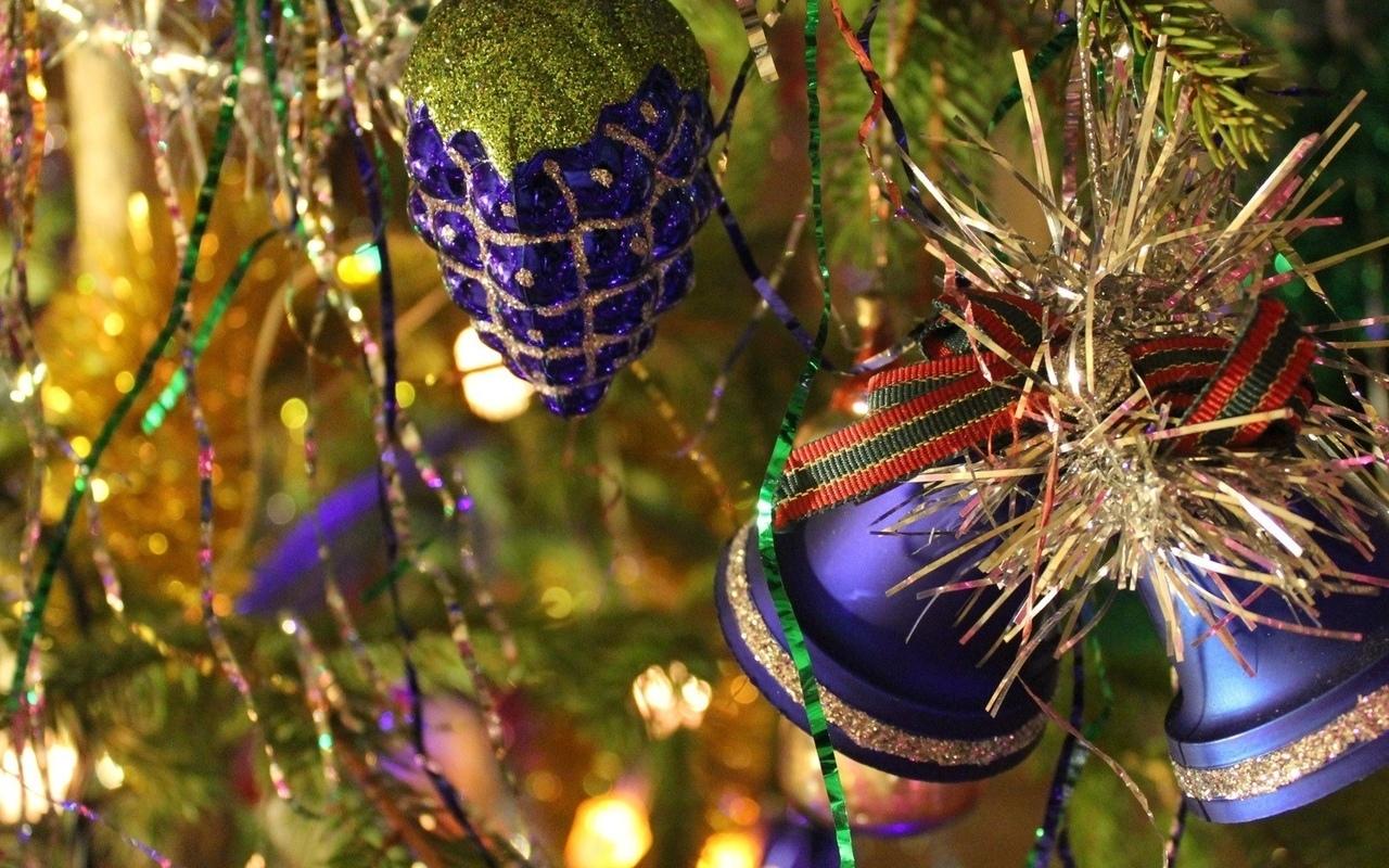 Как украсить елку к Новому 2018 году 8