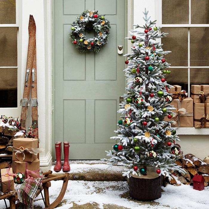 Украшение крыльца к Рождеству 12