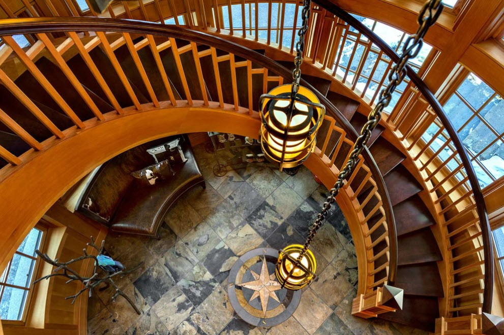 Лестница в деревянном доме 5