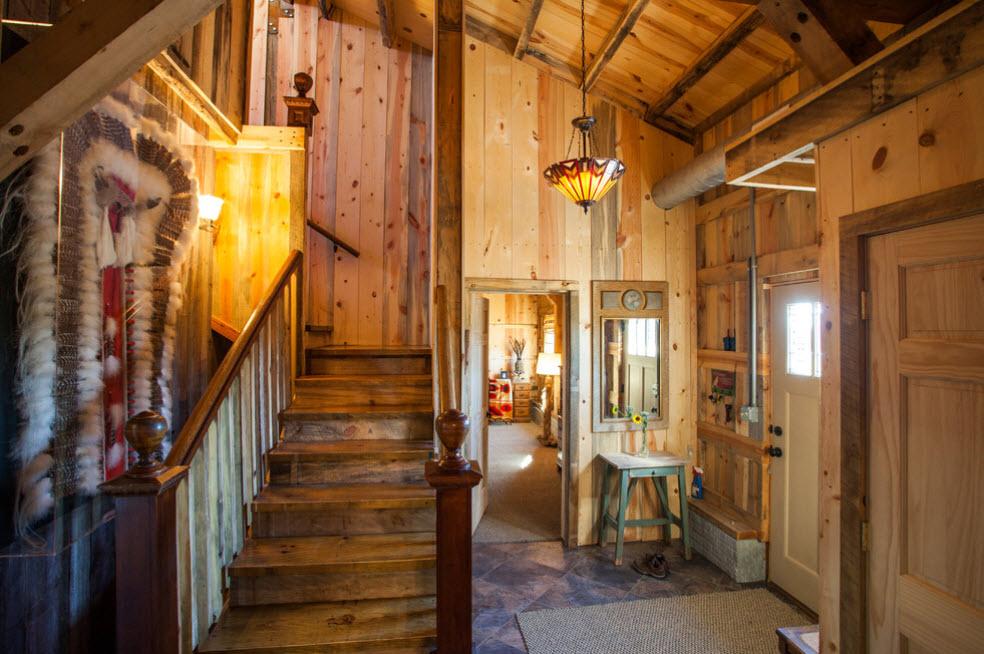 Лестница в деревянном доме 7