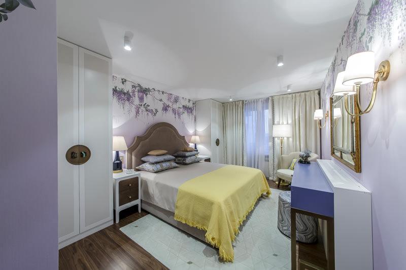 Натяжной потолок для спальни 10